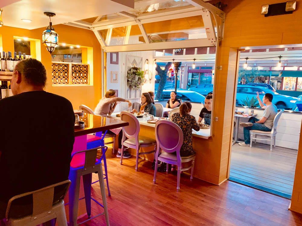 dine in the patio at curryosity